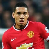 Manchester United Akan Pertahankan Chris Smalling