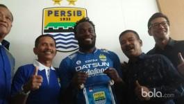 Essien Telah Resmi Perkuat Maung Bandung