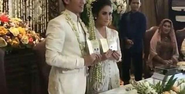 Tara Resmi Menikah Dengan Gya