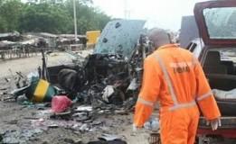 Bom unuh Diri Hancurkan Masjid Di Nigeria, 50 Jemaah Tewas