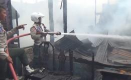 Diduga Kosleting Listrik, 32 Rumah Warga Di Binjai Hangus Terbakar