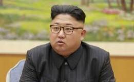"""Kim Jong-un, Pimpin Langsung Latihan """"Serbuan Jarak Jauh"""""""