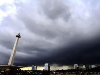 Cuaca Ekstrim Di Indonesia Di Peringatkan BMKG